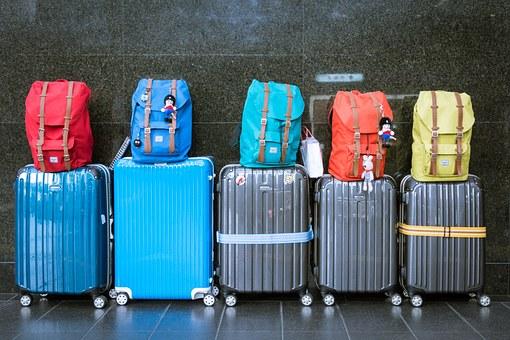 luggage-933487__340.jpg